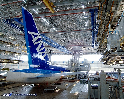 s-ANA機体整備工場02.jpg
