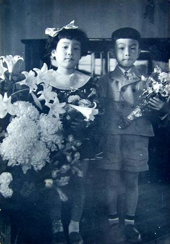 s-クララ・ピアノ教室発表会 純子ちゃんと 1956年.jpg