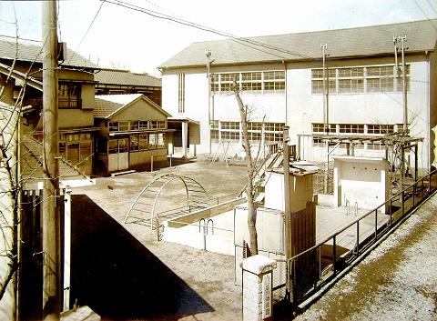 s-石川幼稚園・1956園舎.jpg