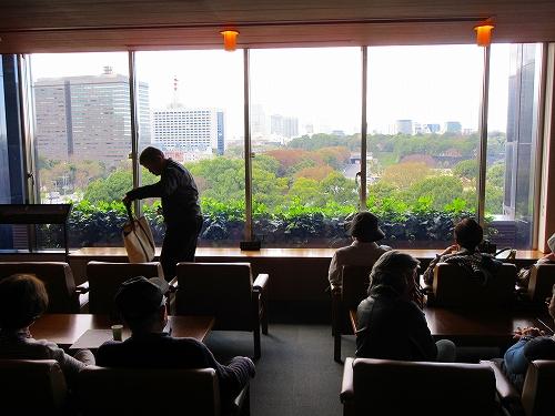 s-『色絵 Japan CUTE!』展・喫茶室.jpg
